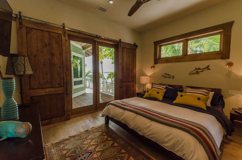 Guest Suite 1 Bed, 5.jpeg