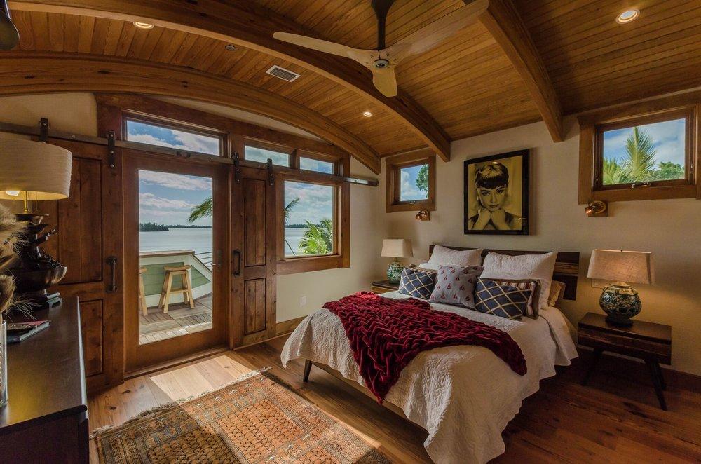 Guest Suite Bed, 1.jpeg