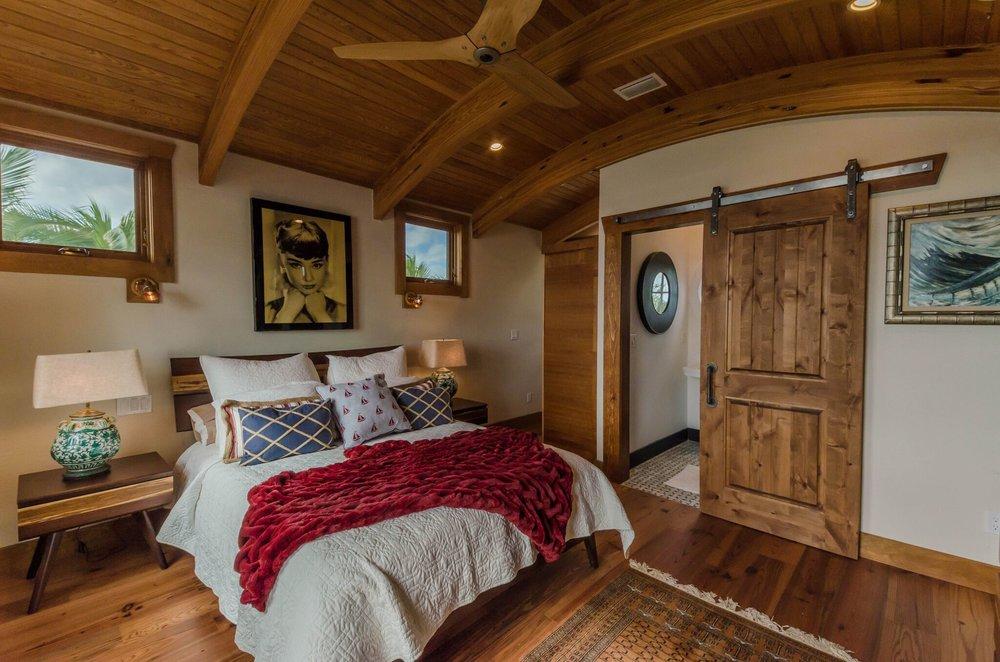 Guest Suite Bed, 2.jpeg