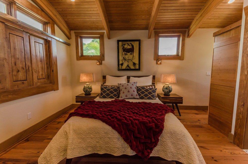 Guest Suite Bed, 4.jpeg