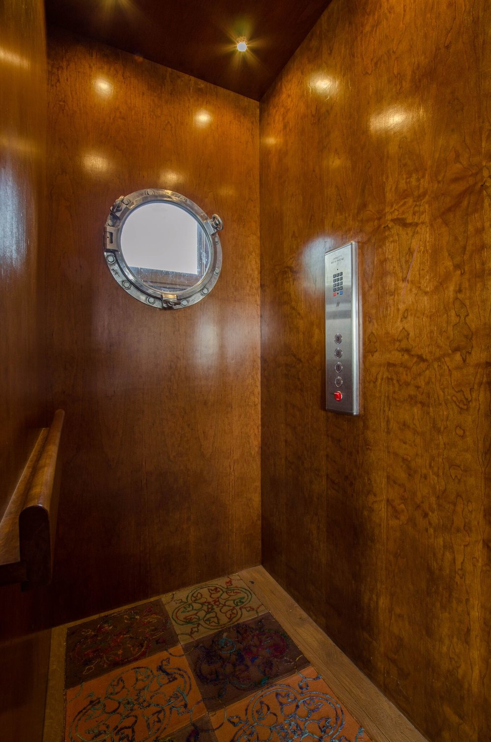 elevator, 1.jpeg