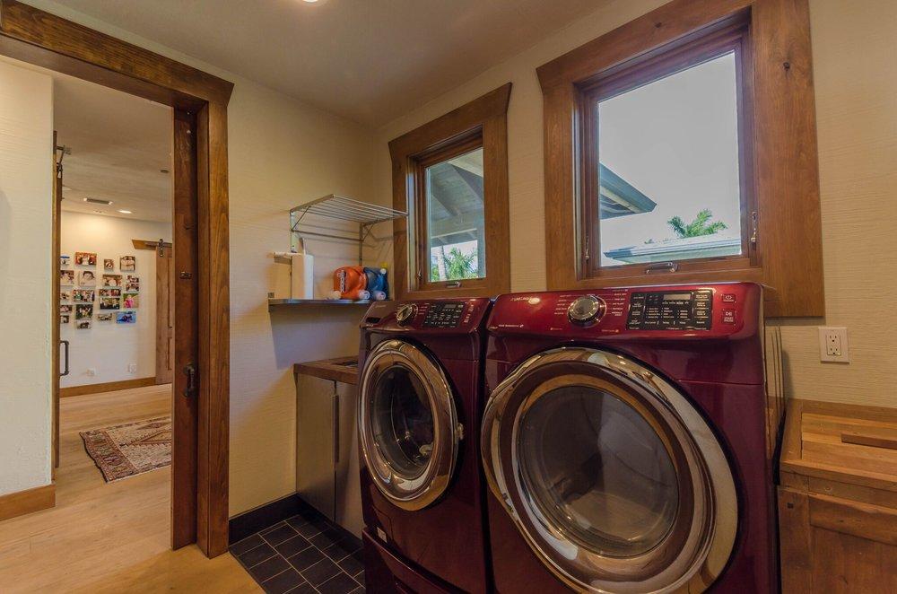 Washer & Dryer, 1.jpeg