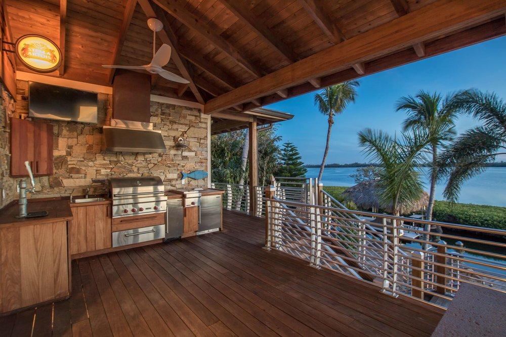 outdoor kitchen, 3.jpeg