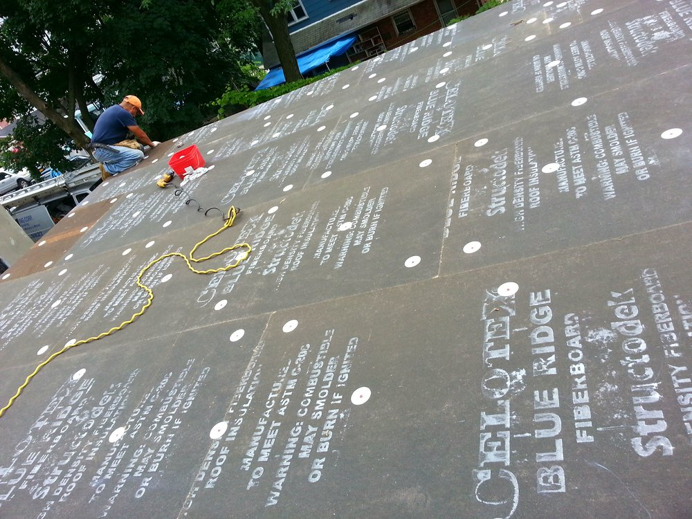 Flat Roof EPDM Installation - Insulation