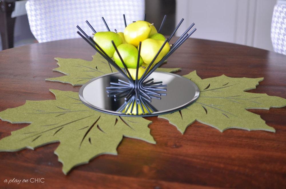 Breakfast-Nook-Green-Leaf-wm.jpg