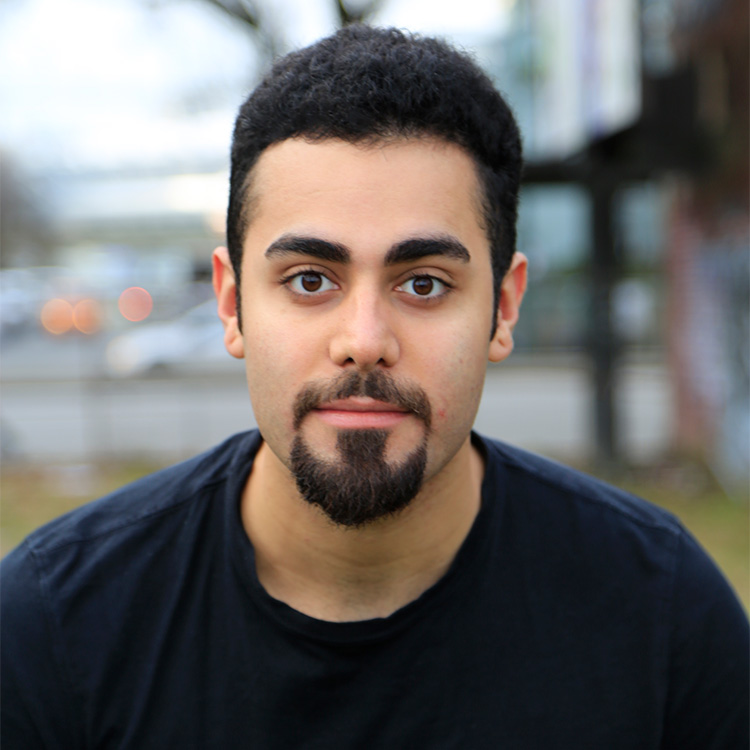 Arash-Khakpour,-headshot-by-Angel-Lynne-750px.jpg
