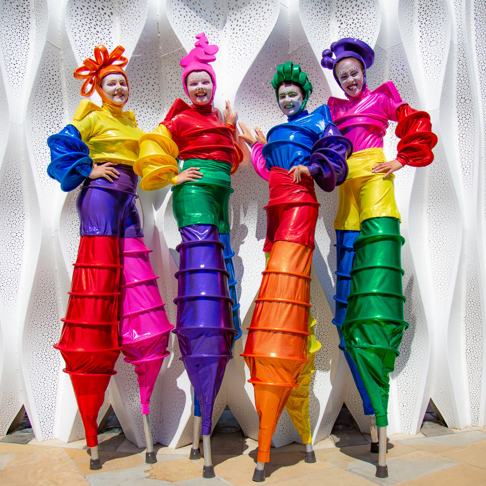 Rainbow_Stilt_Walkers_Mixed_Colours_IMGL2591.jpg