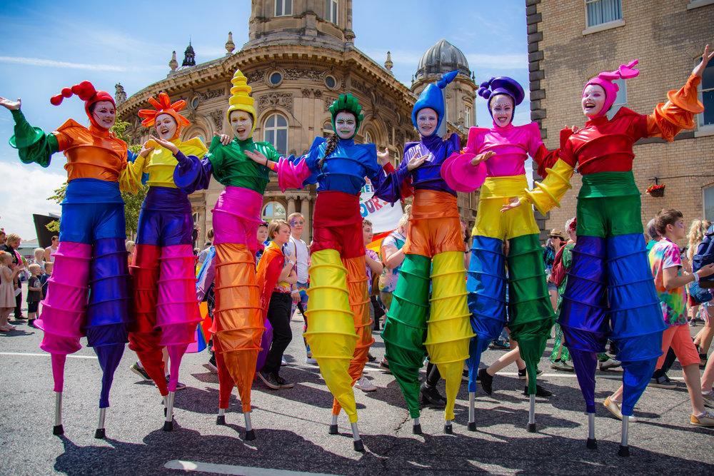 Rainbow_Carnival_Stilt_Dancers_Mixed_Colours_IMGL2490.jpg