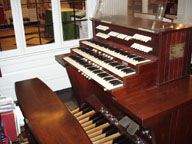 Holtkamp Organ - Splendid example of Walter Holtkamp's American Classic organ. Three-manual instrument with 23 stops (29 ranks of pipes).  For more information and organ specifications.