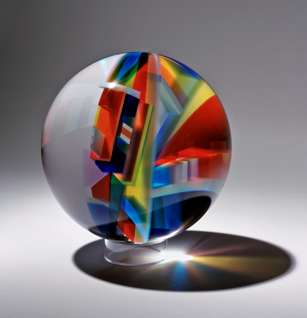 David Huchthausen (Ameircan, born 1951). S phere 3,  2010. Cut, laminated, and optically-polished glass sphere; 12 in. Courtesy of Huchthausen Studio. Photo by Lloyd Shugart.