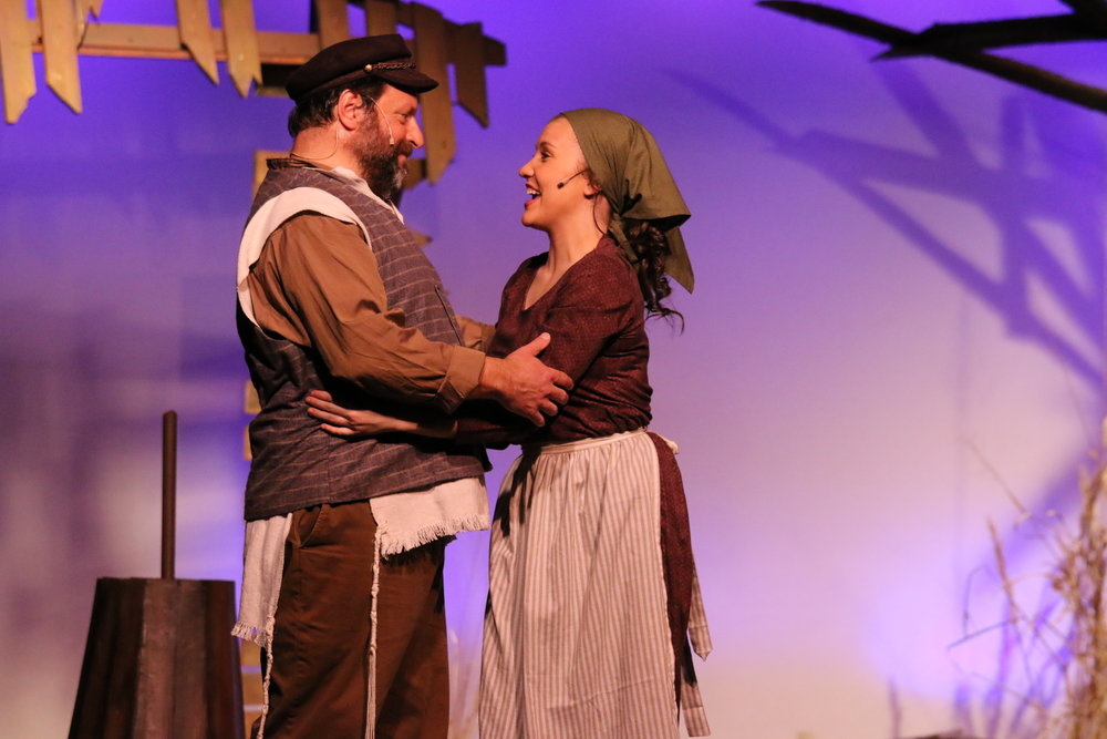 fiddler-on-the-roof_34618146285_o.jpg