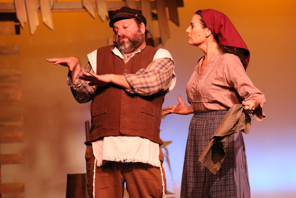 fiddler-on-the-roof_33960610266_o.jpg