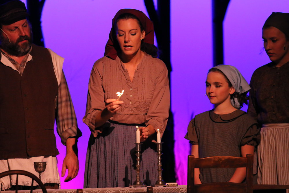 fiddler-on-the-roof_33158772784_o.jpg