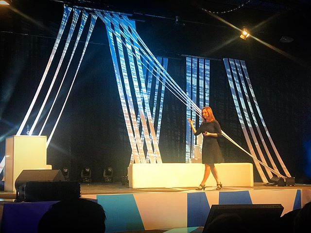@susancainquiet is on the stage at @energydisruptors #edu2018 - so epic #yycevents #yyc #yycbusiness #energydisruptors