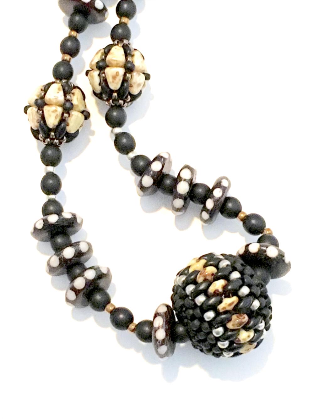 solo bead nibbits detail PNG SM.png