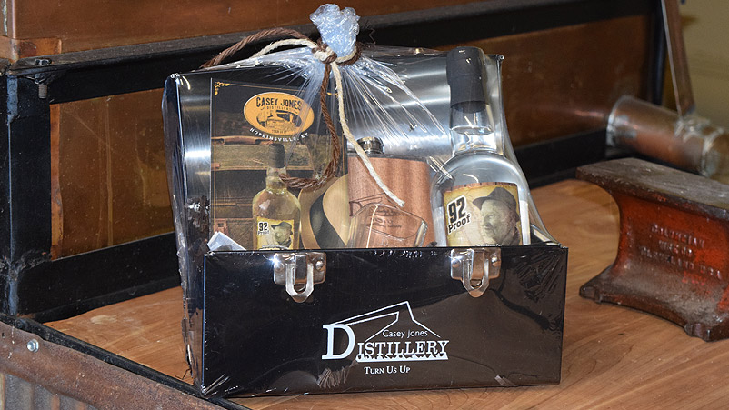 Let us make a ready-to-go gift set for that special someone on your list.