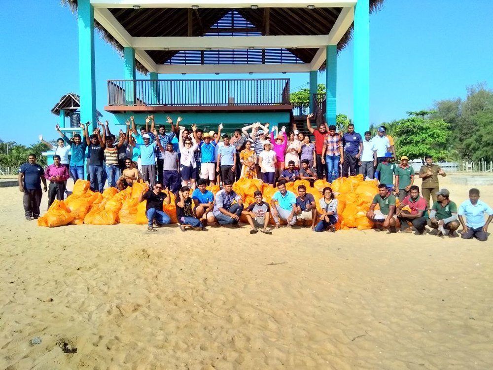 Beach Clean Up Photo 1.JPG