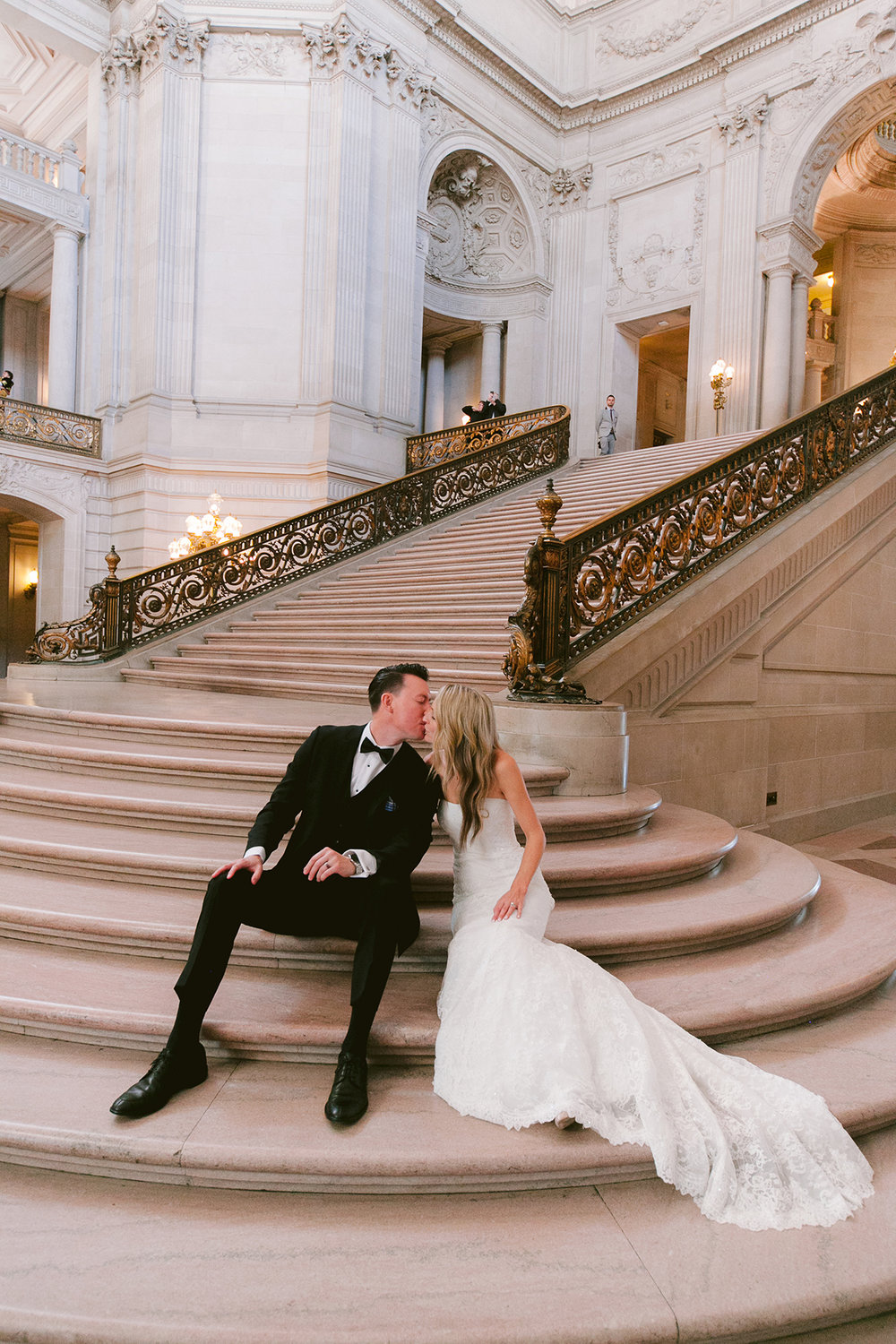 San_Francisco_City_Hall_Wedding_009.jpg