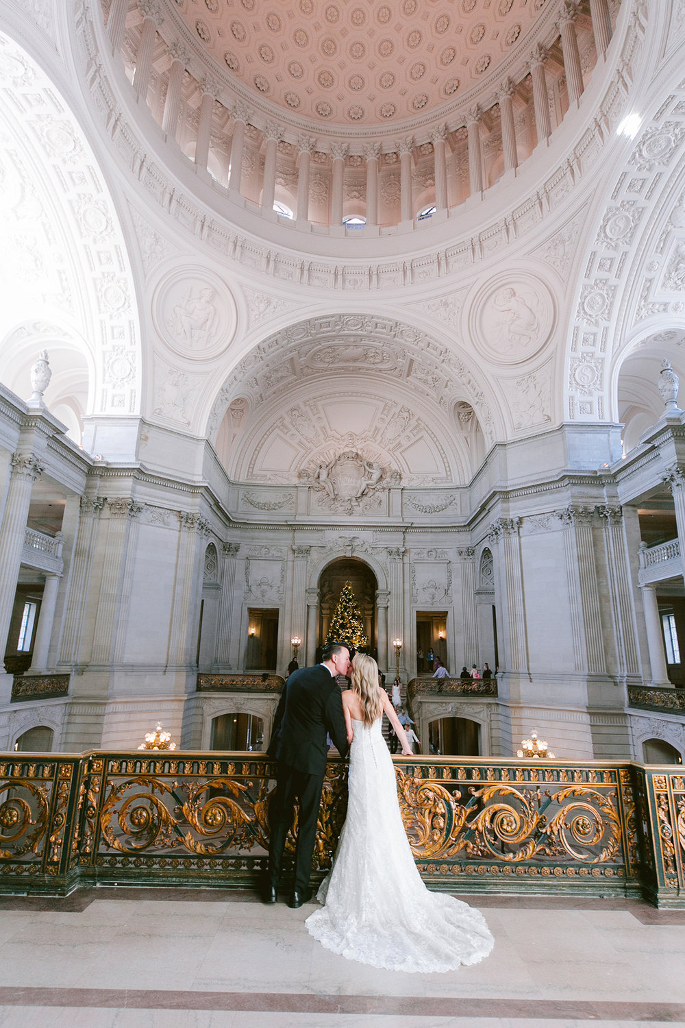 San_Francisco_City_Hall_Wedding_012.jpg