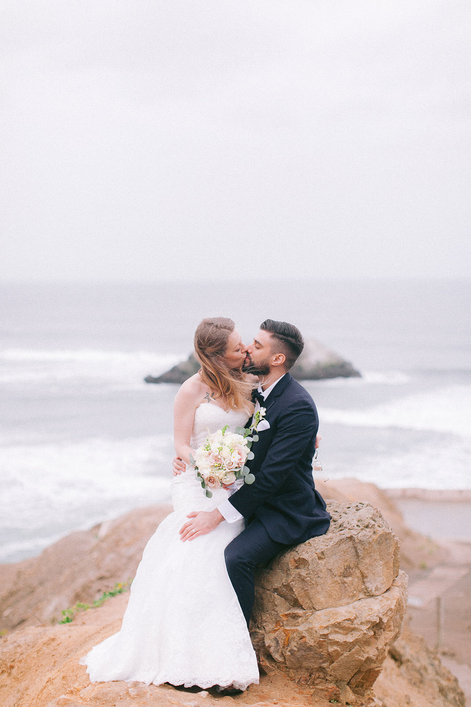 San_Francisco_City_Hall_Wedding_028.jpg