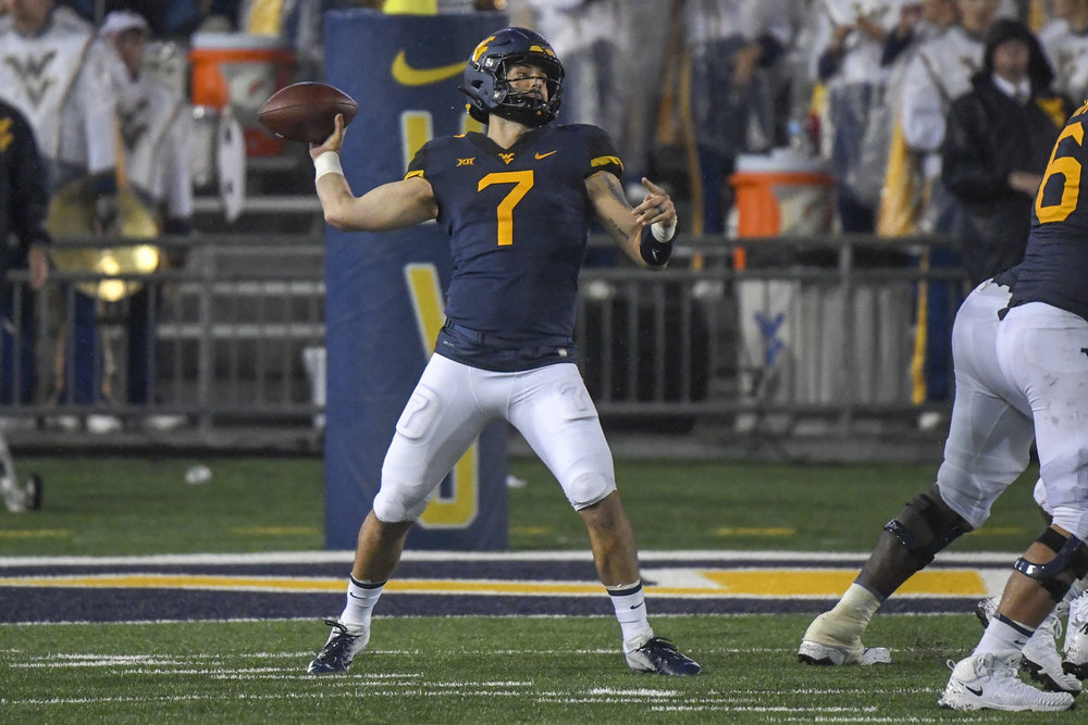 will-grier8-vs ysu (by dale sparks).jpg