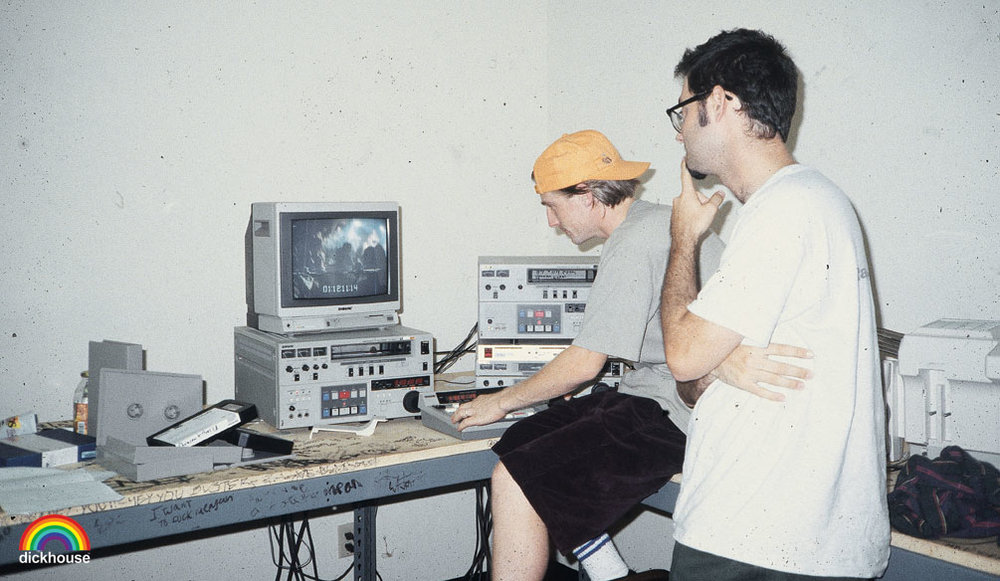 Jonze editing a video in 1992, with Andy Jenkins.