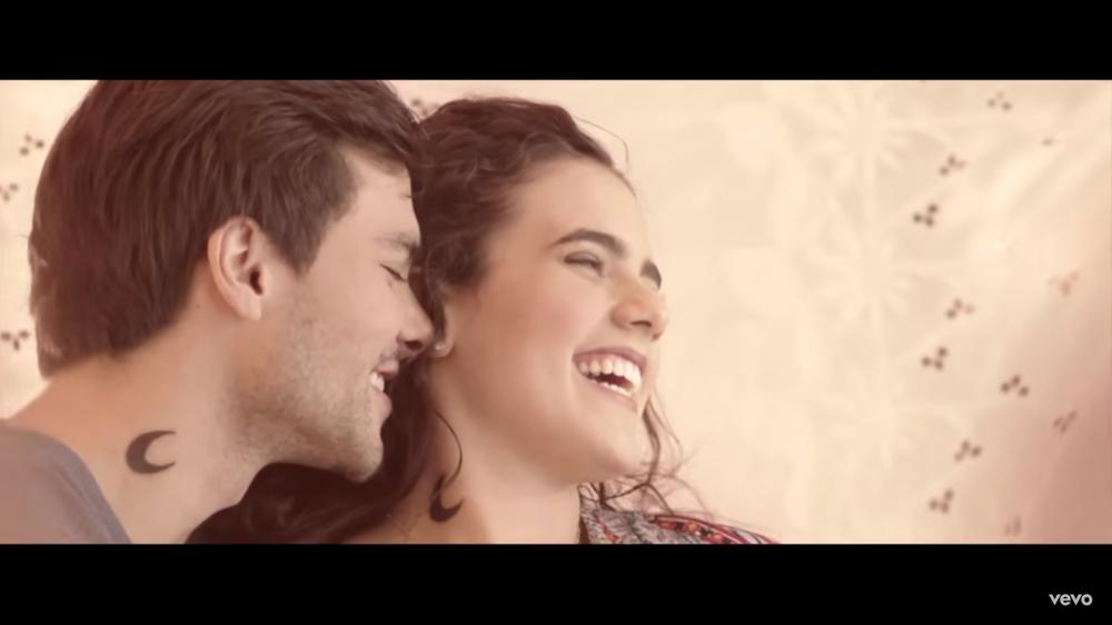Camila Fernández - Mío