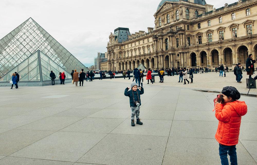 Children iN Paris. Photo credit: Stan Tsvirko