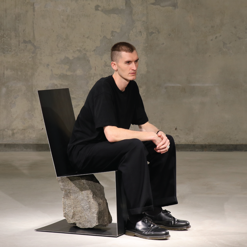 Where is the Line? By Daniel Kamp  界線在哪?Daniel Kamp分享會   23 March 三月廿三日 2-3:30pm  Object and space, product and sculpture, nature and humanity. Neither or both? Daniel Kamp, designer and artist, will give a tour of his new works and share his experience of running a creative practice that crosses boundaries and investigates intersections. (Conducted in English) 物品與空間,產品與雕塑,天然與人為。兩者皆非,抑或皆是? 設計師與藝術家Daniel Kamp將會帶大家參觀新作,並分享他在藝術實踐上的經驗,如何跨越領域和研究交集。(以英語主講)