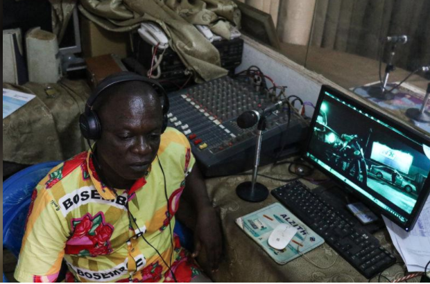 CONGO'S YOUNG PYGMY REPORTERS TAKE TO THE AIRWAVES