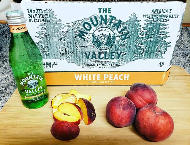 We now have White Peach Sparkling in stock!! Call and order yours today!! #justpeachy #sparklingwater #wateringlass #wateringreenbottles #mountainvalleyspringwater #hydrate #palmbeach #westpalmbeach #wpb