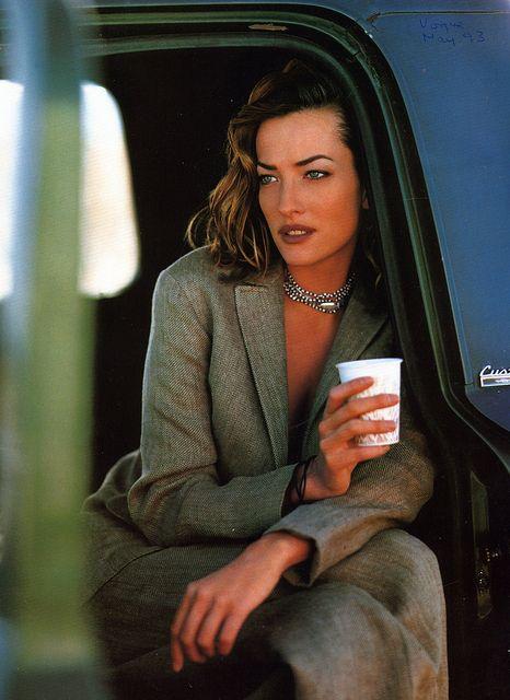 Tatjana Patitz par Pamela Hanson pour le Vogue US d'octobre 93