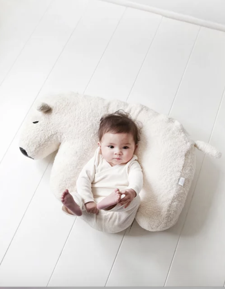 Nanami polar bear feeding cushion
