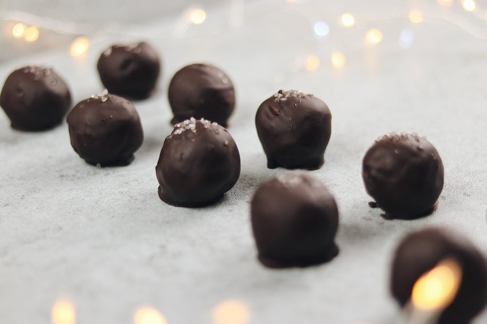 Melt in your mouth, salty, caramel-y, chocolate-y heaven. - prep time 35 mins total time 45 mins serves 12-15