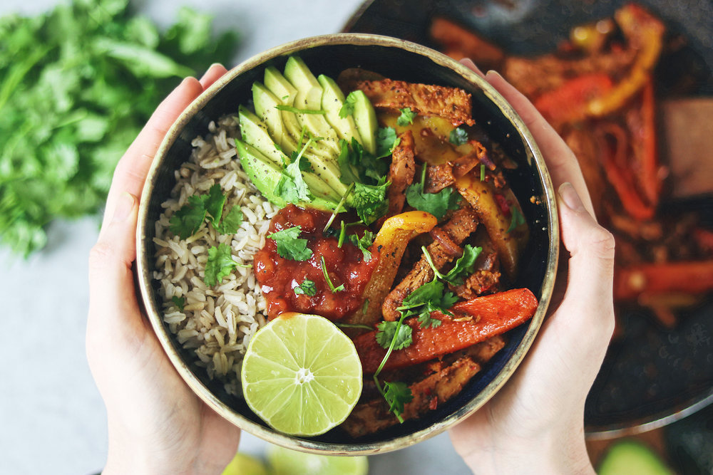 A different way to enjoy your fajitas is in a bowl! Serve with your favourite toppings and invite your friends. - prep time 5 mins total time 30 mins serves 4