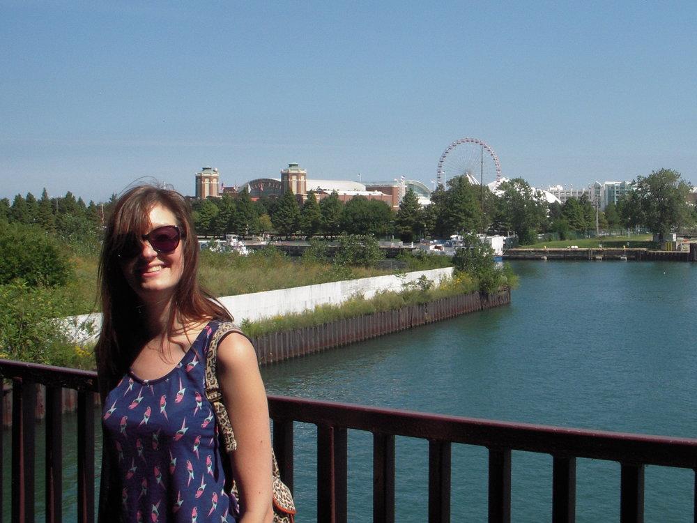 Vicki Graves on Chicago riverside.jpg