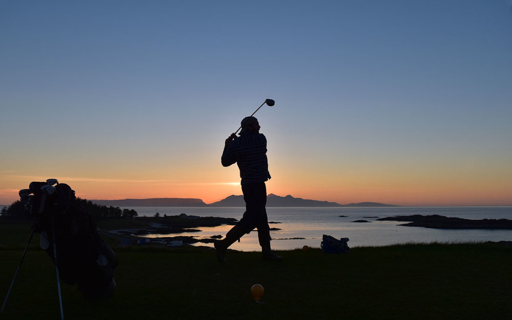 Matt_Waterston_sunset_golfer_PC_standard_w1500.jpg