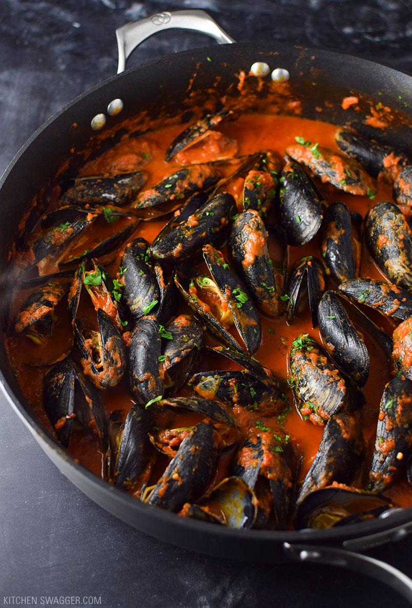 mussels-arrabiata4.jpg