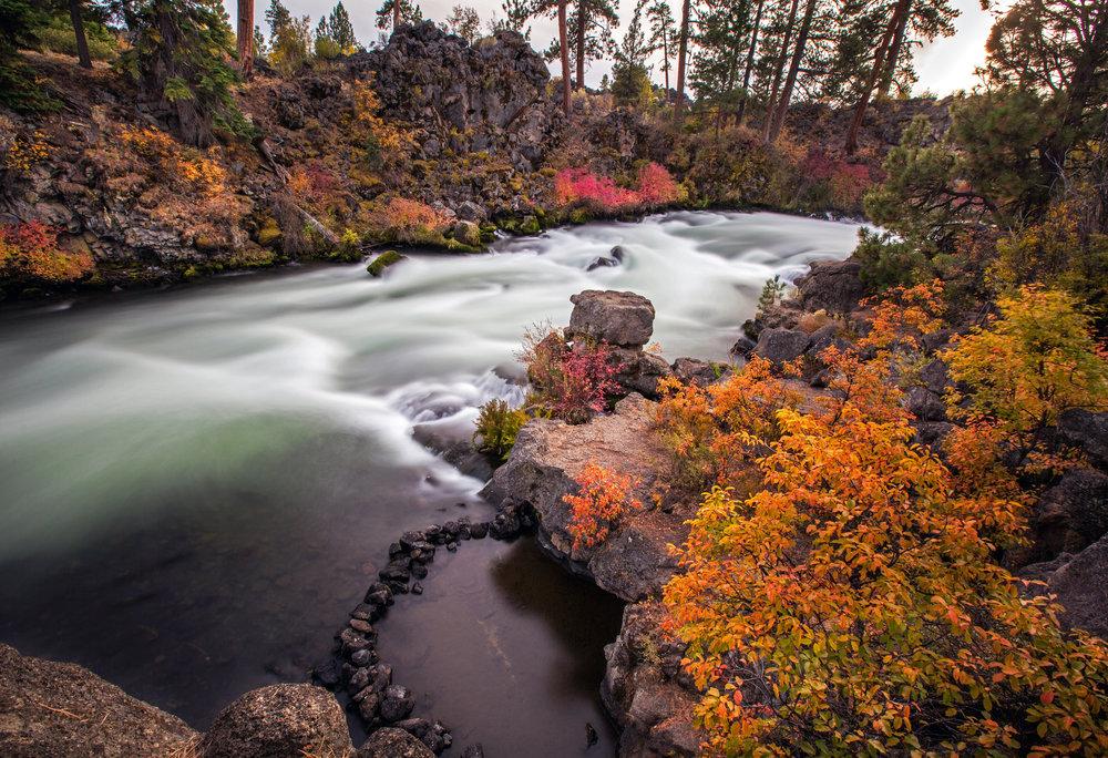 Deshutes_River_Fall_19x13.jpg