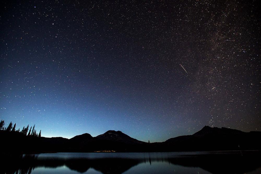 Perseid Meteor Shower bend photo tours
