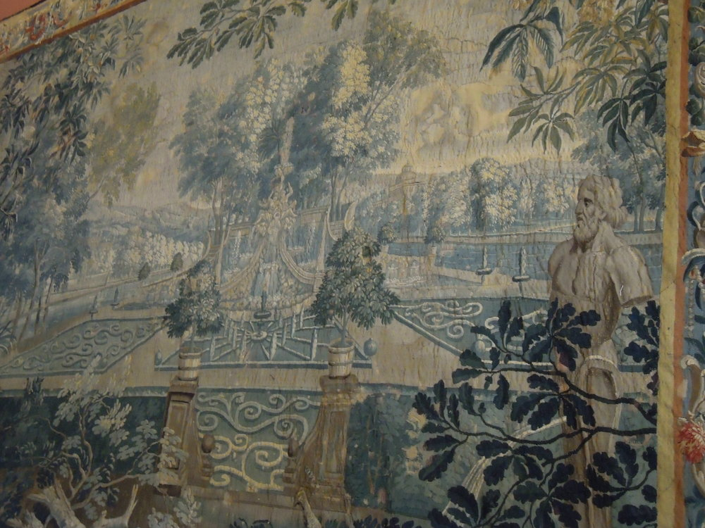 Other details of the tapestry.JPG