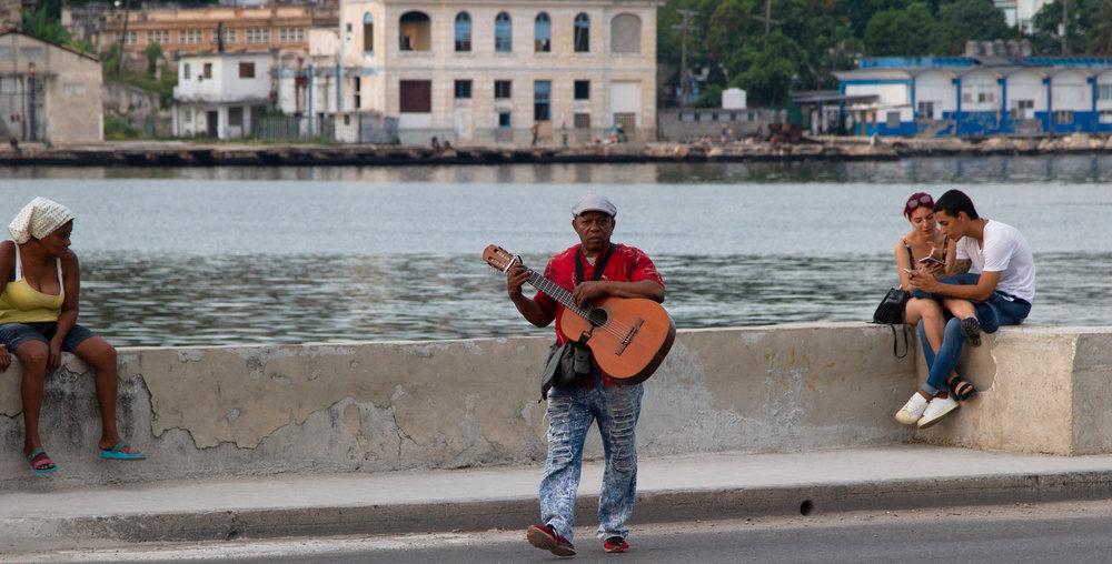 The Wandering Guitarrista