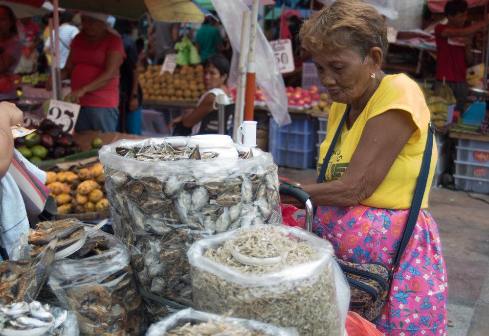 Wandering the Manila Streets: Gone Fishing