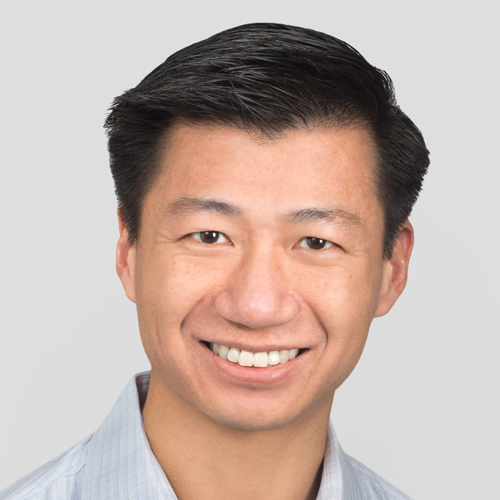 "<strong>David Cheng</strong><div class=""line""><span></span></div><em>Founding Director of Search Engine</em>"