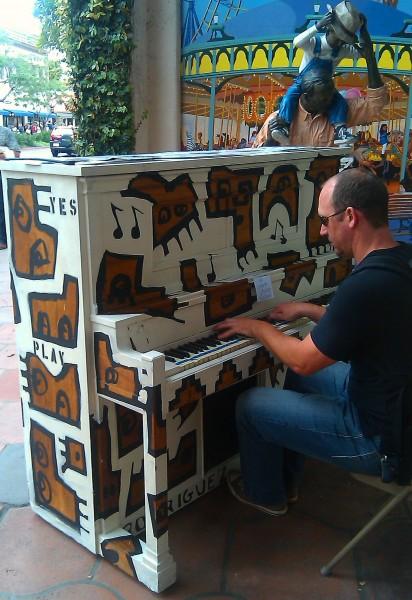 PianosDude-412x600.jpg