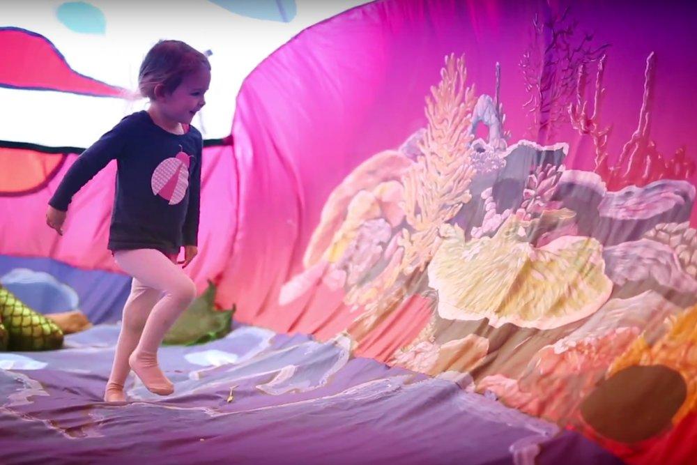Inflatable_nylon_zoo