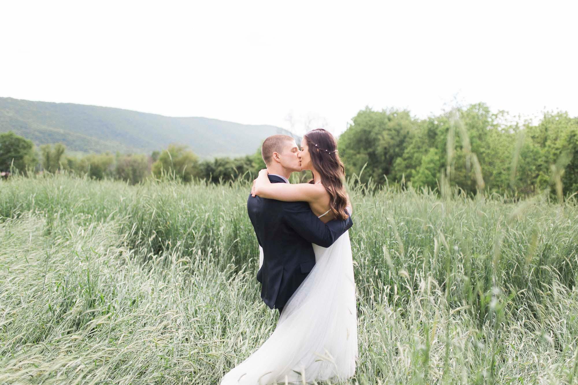 barn-at-hidden-acres-bloomsburg-film-elegant-wedding
