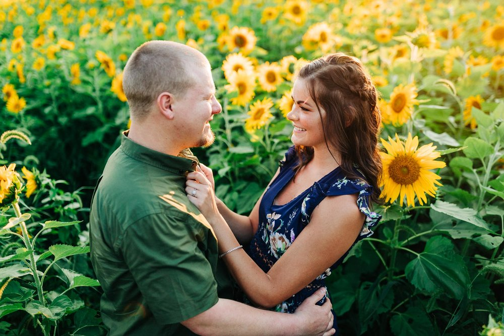 sunflower-engagement-session-5374.jpg