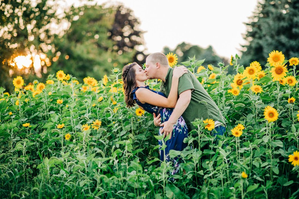 sunflower-engagement-session-5435.jpg