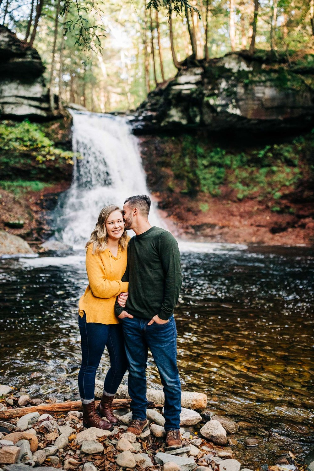 sullivan-falls-fall-engagement-8402.jpg